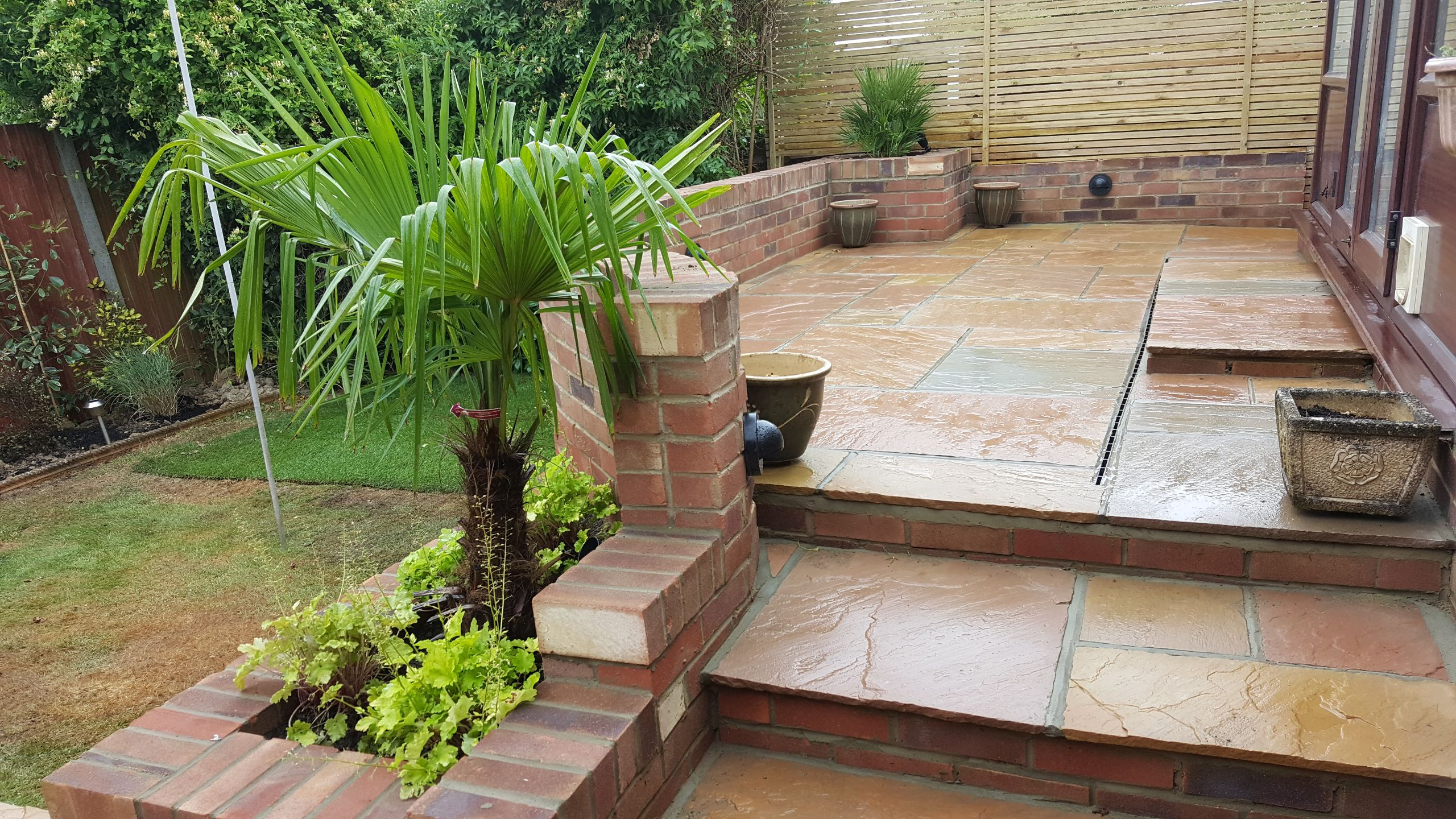 Raided Patio with steps, Garden design