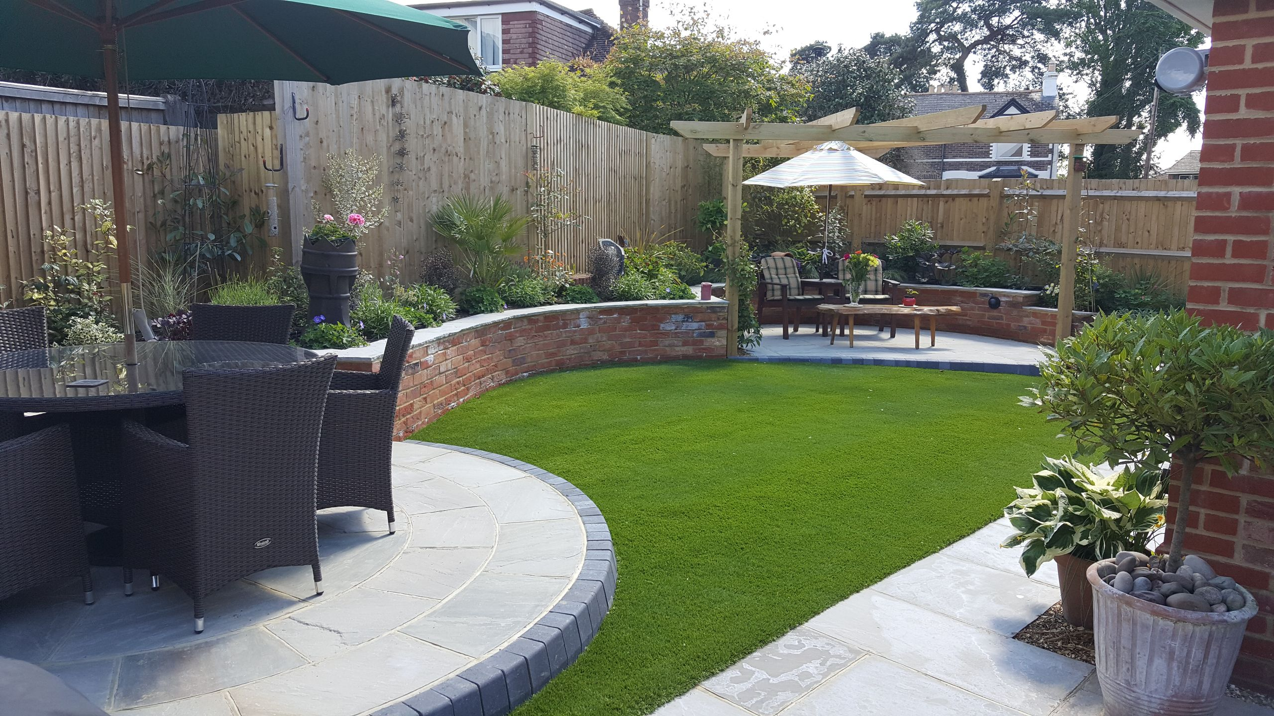 Stunning garden landscaped in the horsham area