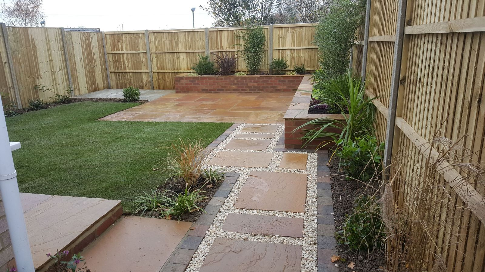 A good, easy to maintain garden designed in horsham